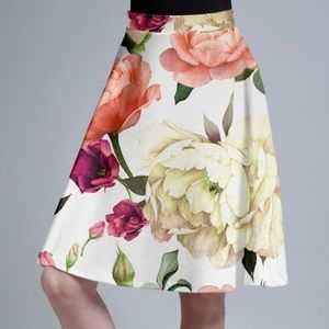 Dresses & Skirts - PM Editor Pick🎉(18-22) Floral A Line Circle Skirt